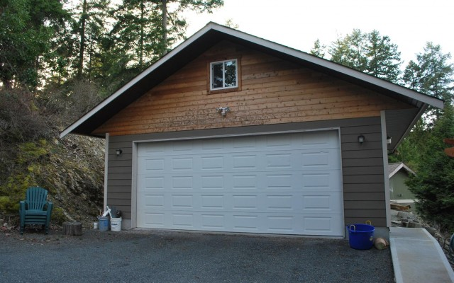 New Garage and Upstairs Suite