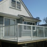 Vinyl Deck with Glass Handrail